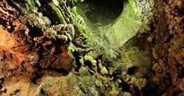 Die Ali Sadr-Höhle